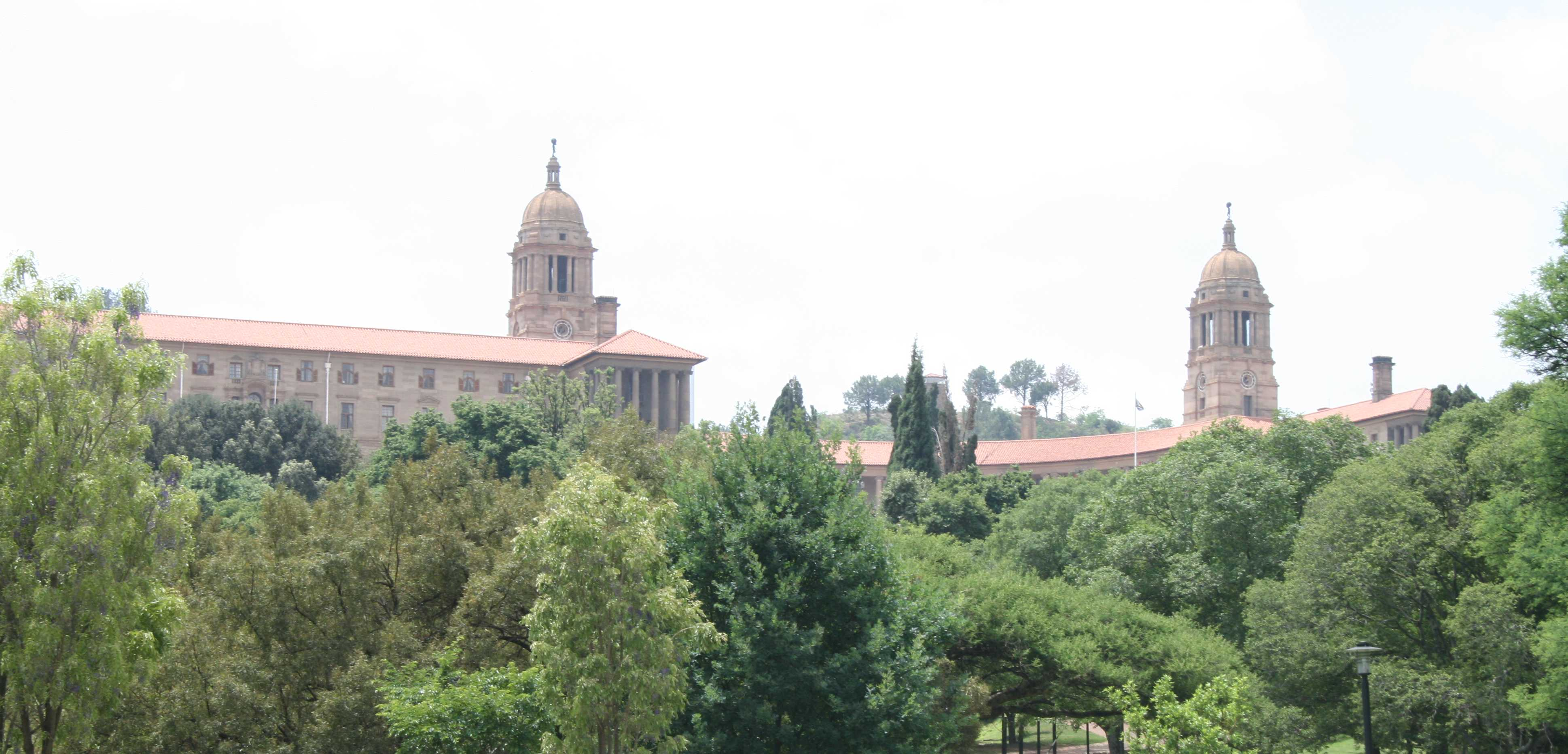 The Union Buildings from the foot of Meintjies Kop.
